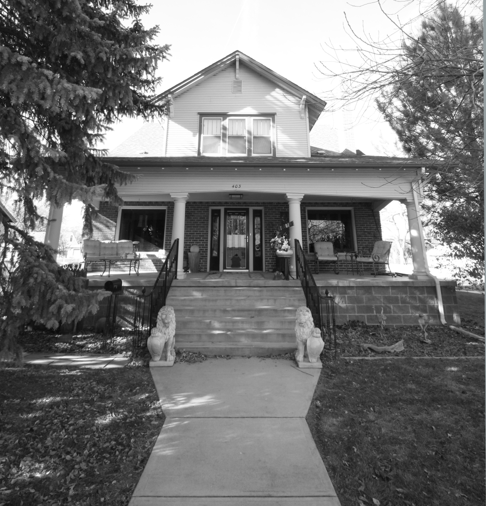 A beautiful craftsman bungalow, built in 1919 by T. Barr and Merle Groves